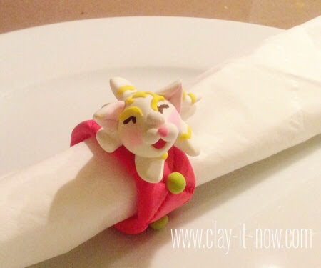 kittynapkinring-airdryclay-easyprojectforkids-final craft project