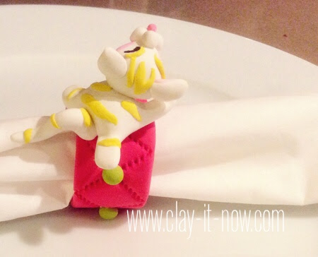 kittynapkinring-airdryclay-easyprojectforkids-cute kitty