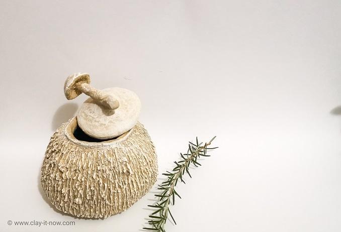 faux stone container - DIY idea