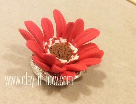 gerbera daisy clay ring -  how to make gerbera daisy clay - step 3