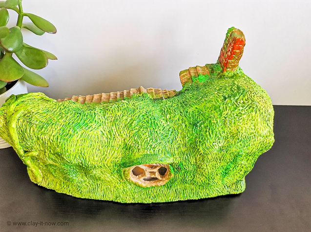 hobbit house clay - awesome hobbit hole - painted with acrylic paints - view from the back.