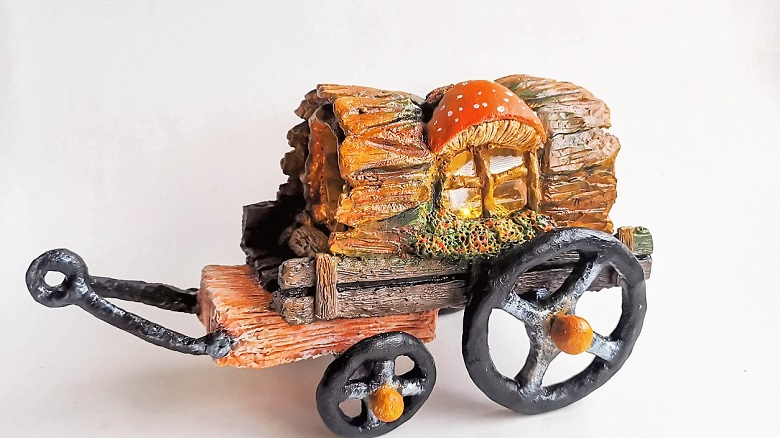 Log fairy wagon - clayitnow - how to make fairy wagon?